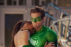 "Ryan Reynolds und Blake Lively in ""Green Lantern""."