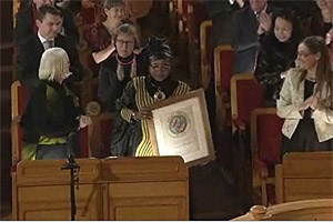 Am Abend nahm Jacqueline Moudeina den Right Livelihood 