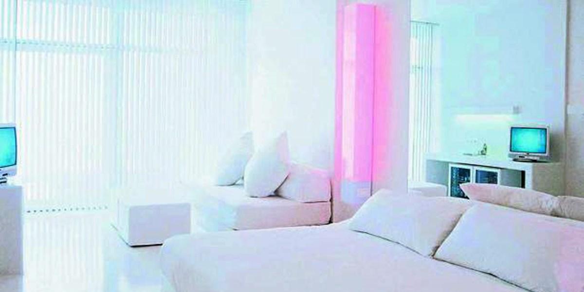 ganz in wei mit einem orangenbaum t rkei urlaub lifestyle. Black Bedroom Furniture Sets. Home Design Ideas