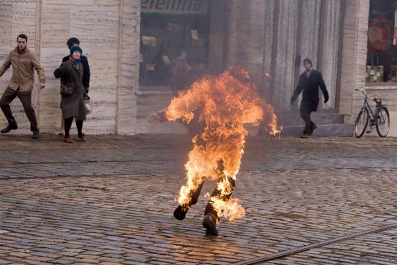 Burning Bush Im Orf Lebendig Zum Kampfe Beitragen Orf