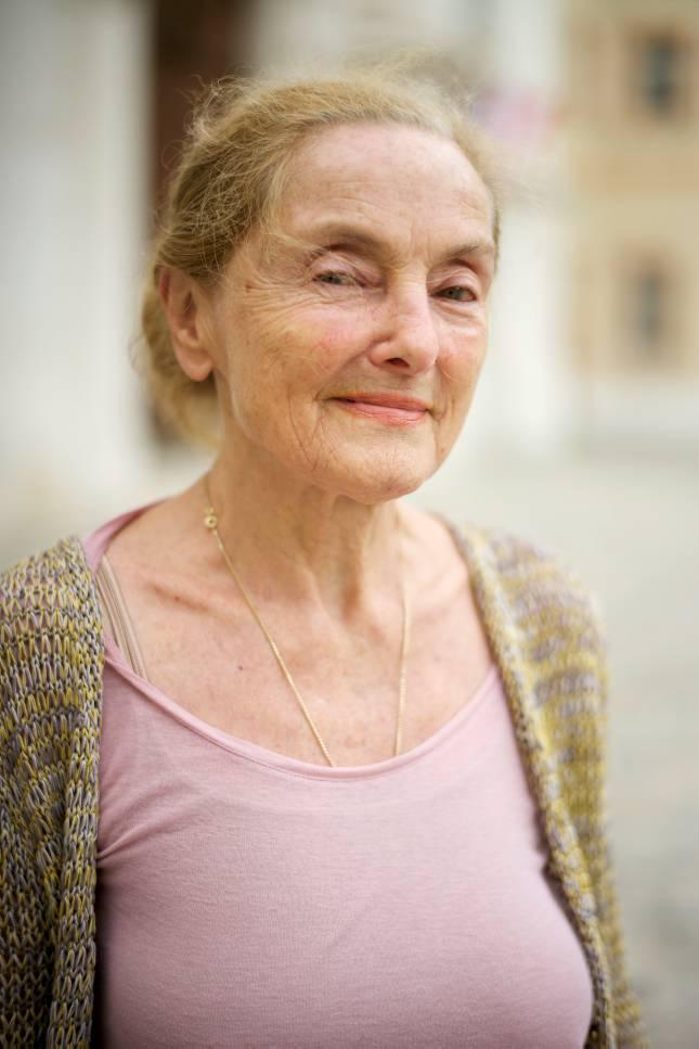 Erni Mangold Alter