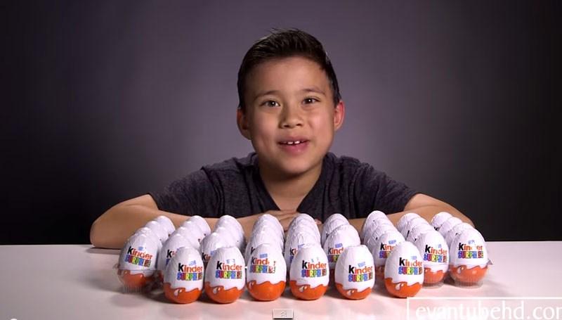 1259699921d950 Neunjähriger Youtube-Star verdient Millionen mit Spielzeug-Auspacken ...