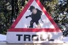 """foto: """"troll warning"""" von gil - eigenes werk. lizenziert unter cc"""