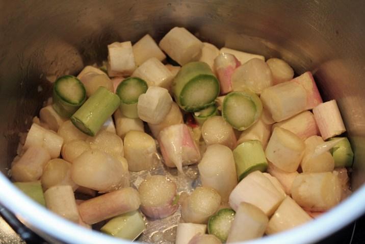 Rezept spargelcremesuppe mit curry spargelrezepte for Kochen passieren