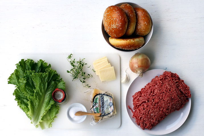 rezept double cheeseburger mit red onion jam usa essbar lifestyle. Black Bedroom Furniture Sets. Home Design Ideas