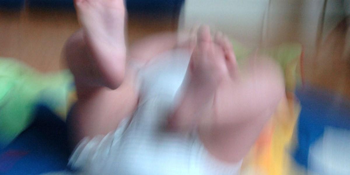 Blut In Der Windel Ursache Könnte In Darmflora Liegen Baby