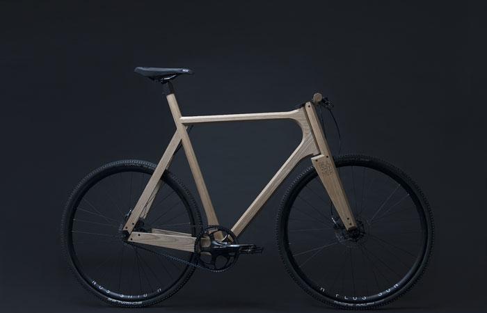 fahrrad riemenantrieb im holzrahmen fahrrad. Black Bedroom Furniture Sets. Home Design Ideas