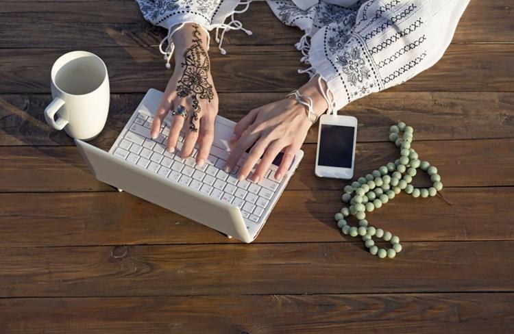 Jobangebot zusagen email