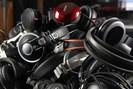 foto: cc0/public domain pixabay.com/de/haufen-kopfh%c3%b6rer-studio-aufnahme-764867/