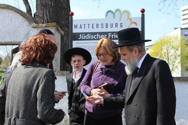 Frau in Mattersburg Sehen Sie alle Angebote auf Locanto