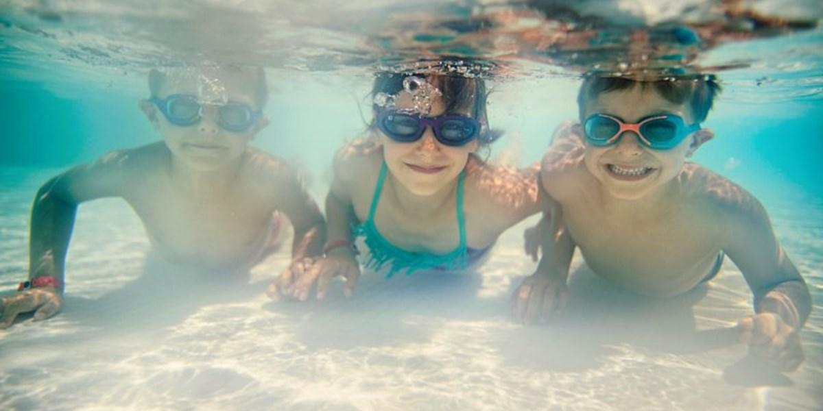 ab wann d rfen kinder alleine schwimmen gehen blog. Black Bedroom Furniture Sets. Home Design Ideas
