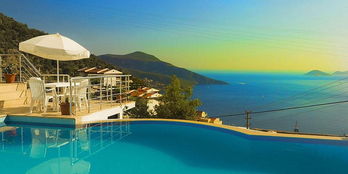 Die schönsten Ferienhaus-Pools rund ums Mittelmeer