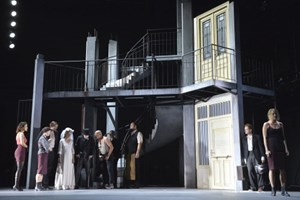 Niemand Horváths Gespenster Auf Brecht Lehrgang Theater In Der
