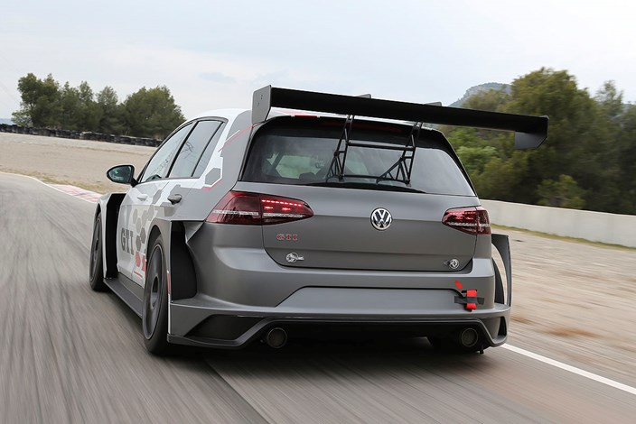 golf gti tcr wenn wieder der fahrer z hlt vw lifestyle. Black Bedroom Furniture Sets. Home Design Ideas