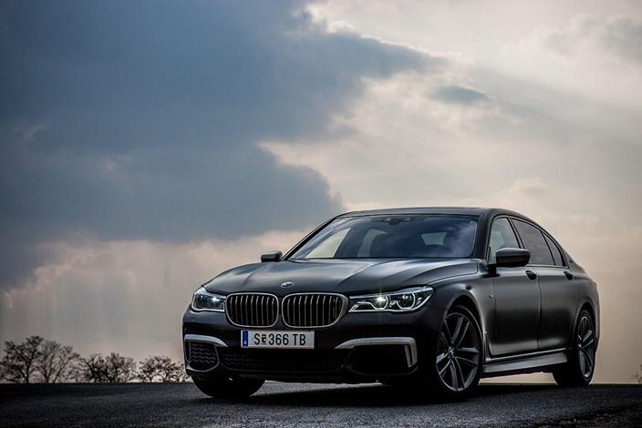 BMW 760Li Miss Gaby Und Ihr Chauffeur