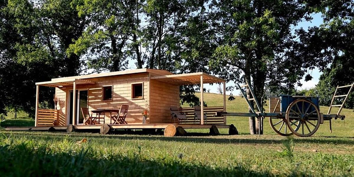 brikawood ein haus aus holzbausteinen. Black Bedroom Furniture Sets. Home Design Ideas