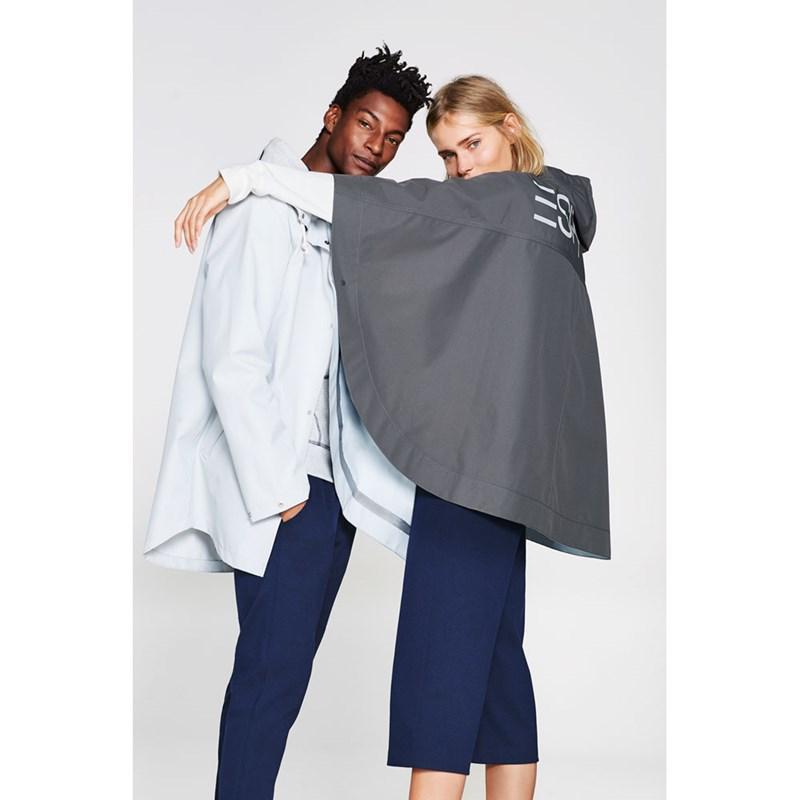 de91d5b37da917 Regenfestes aus recycletem Polyester findet sich in der neuen