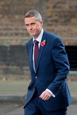 Gavin Williamson folgt Michael Fallon im Amt nach.