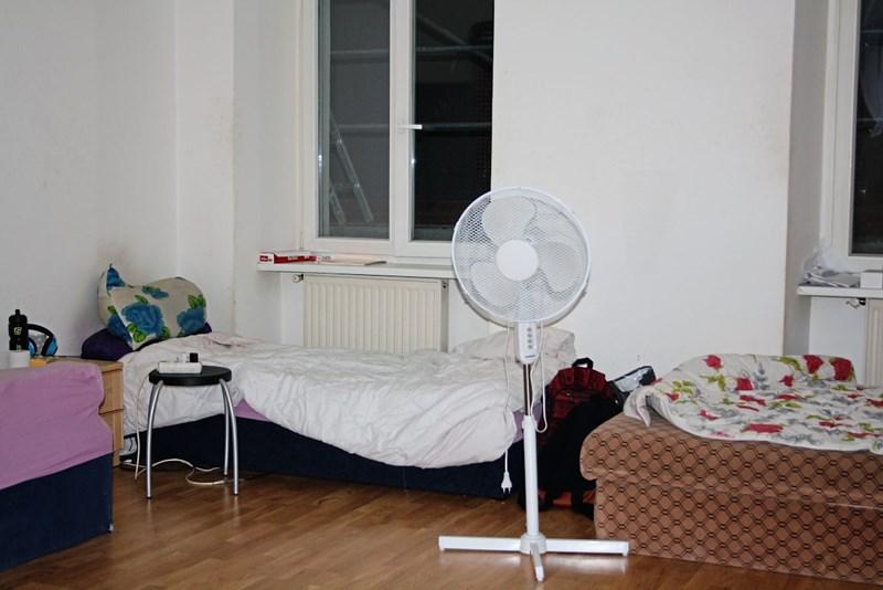 asylberechtigte in wien tausend euro f r ein zimmer fl chtlinge in sterreich derstandard. Black Bedroom Furniture Sets. Home Design Ideas