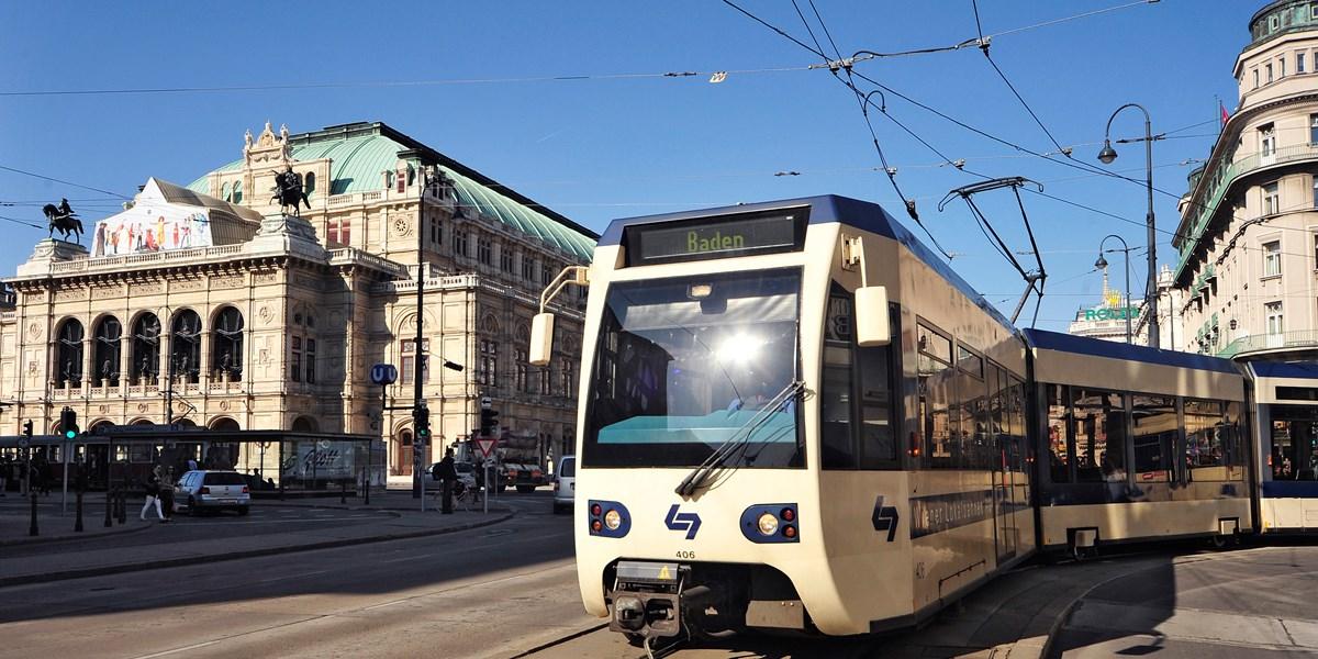 Einkauf Aktuell Reisen : wiener lokalbahn stoppt trambahn einkauf f r badner bahn ~ Watch28wear.com Haus und Dekorationen