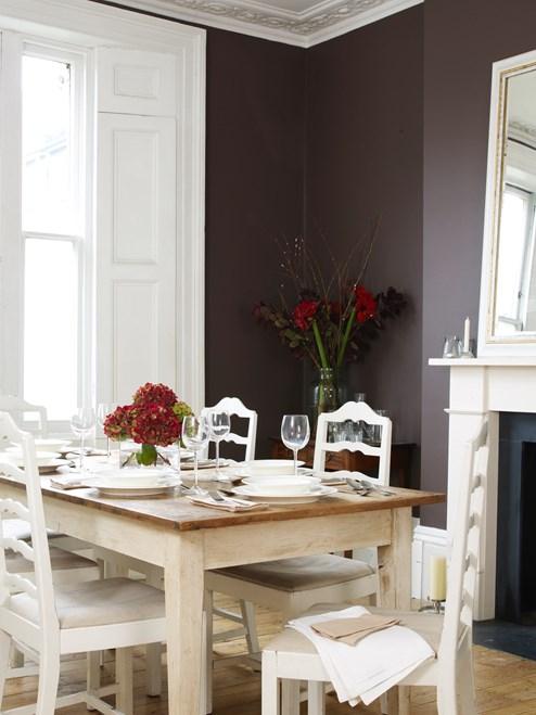 farbige w nde sind im trend wohnen lifestyle. Black Bedroom Furniture Sets. Home Design Ideas