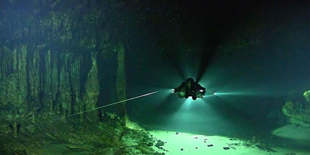 Unerwartetes Ökosystem in riesiger Unterwasserhöhle in Mexiko