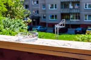 wo darf bei ihnen zu hause geraucht werden bauen wohnen immobilien. Black Bedroom Furniture Sets. Home Design Ideas