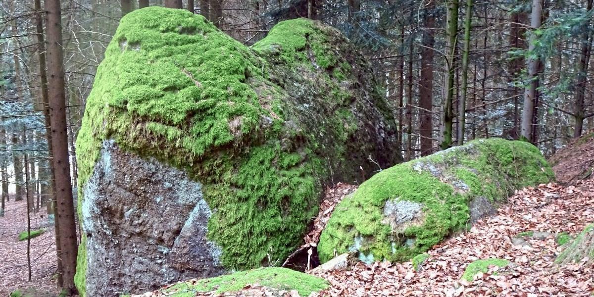 Ysper: Ein Rundweg zu sagenhaften Felsformationen - Urlaub