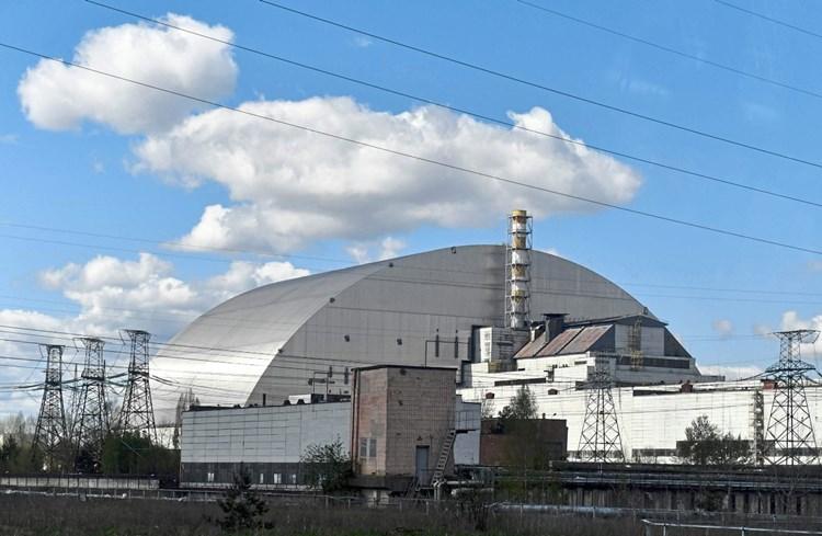 Neue Hulle Uber Tschernobyl Reaktor Soll In Betrieb Gehen