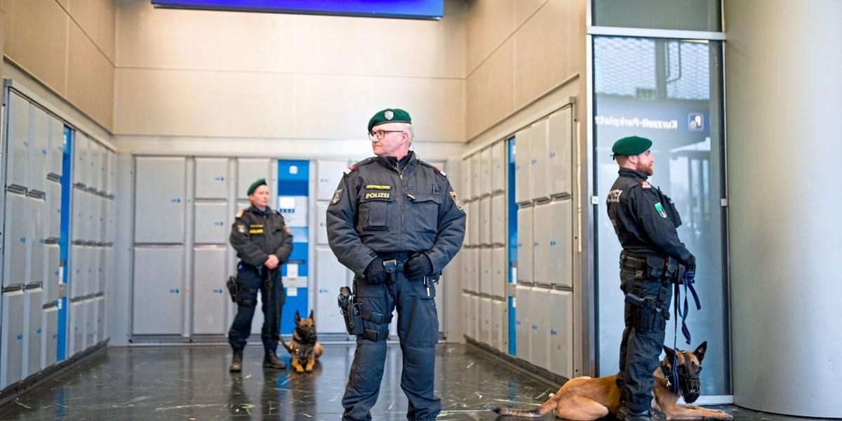 11000 Polizisten Bis Ende Der Legislaturperiode Gesucht Polizei