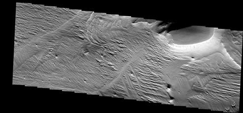 """""""Medusa-Gräben"""" auf dem Mars gehen auf gewaltige Explosionen zurück"""