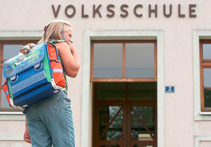 a7f9c6b652a90 Was das ideale Tragen der Schultasche ausmacht - Kind - derStandard ...