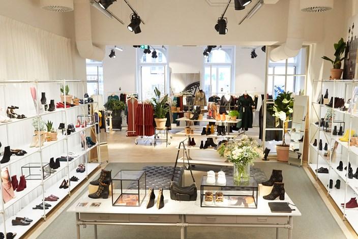 Hm Konzern Other Stories Neu In Wien Mode Kosmetik