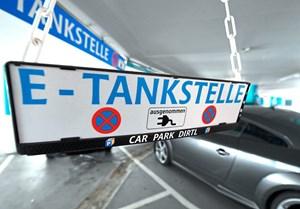 Grosse Preisunterschiede Bei Osterreichs E Tankstellen