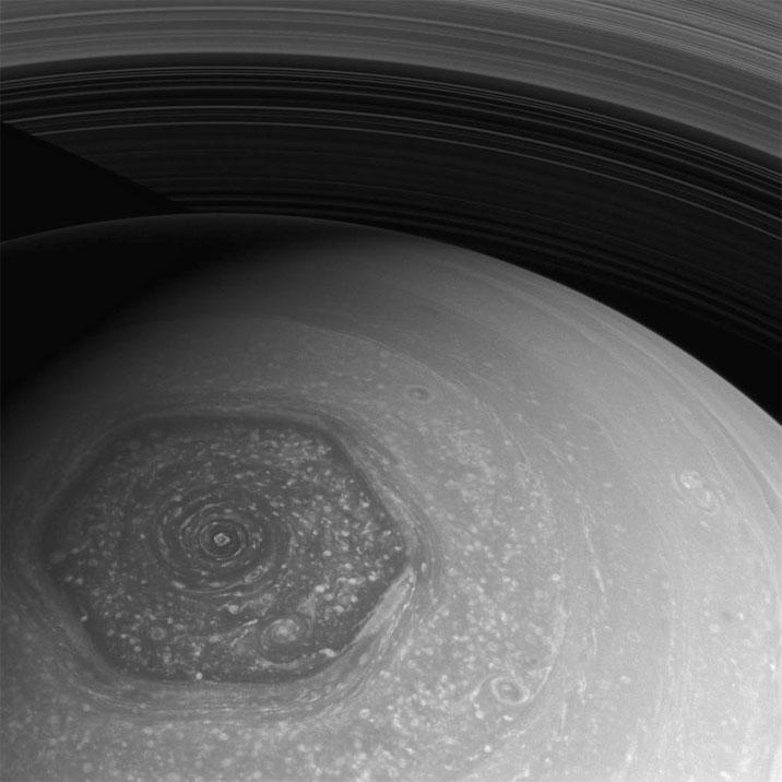 Sechseck Saturn