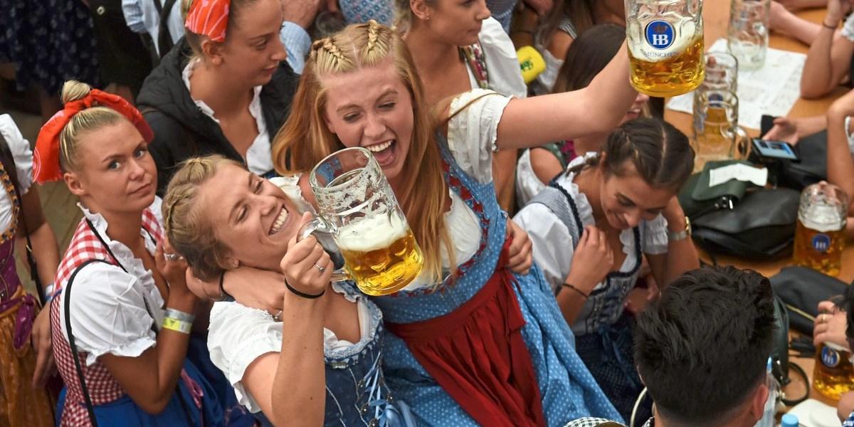 Oktoberfest Und Flüchtlinge