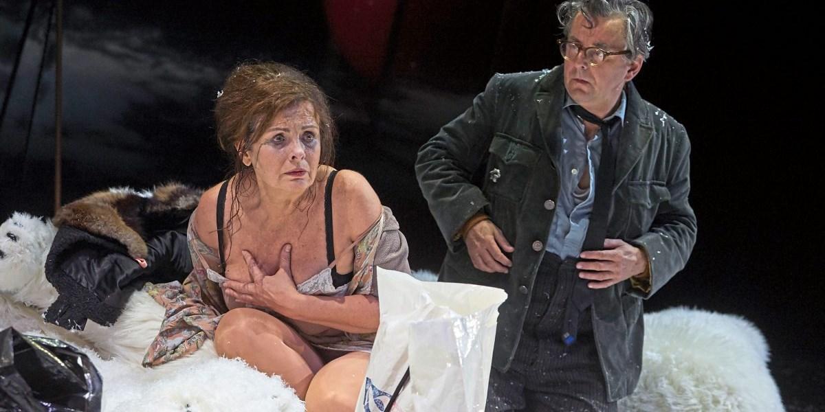 Turrinis Josef Und Maria In Den Kammerspielen Schule Der Empathie