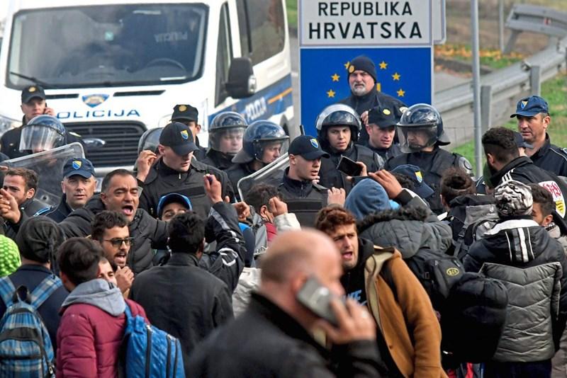 Bildergebnis für grenze kroatien migranten