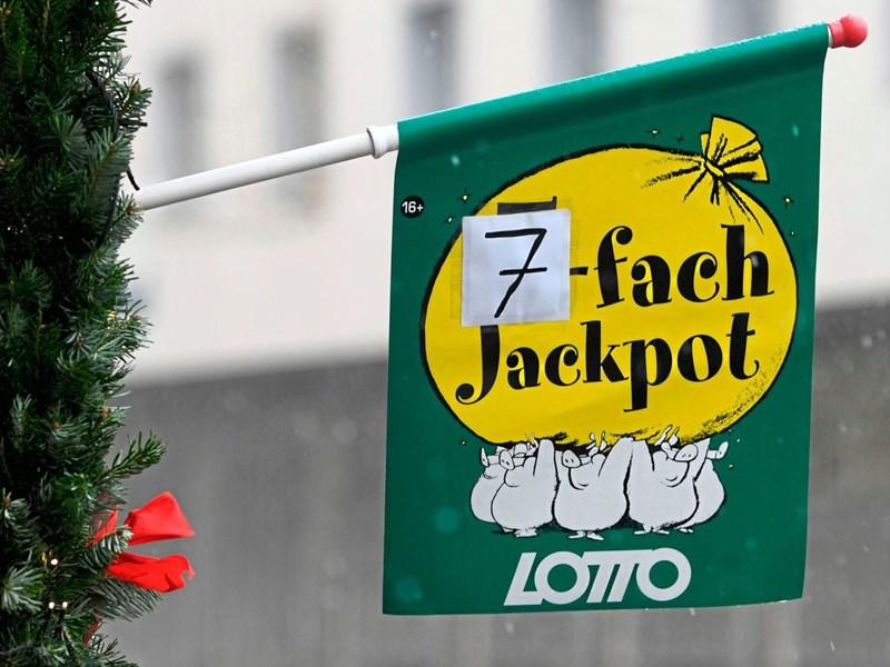 Lotto Weihnachten.Zahl 43 Könnte Beim Knacken Des Siebenfach Jackpots Helfen