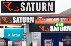 Donnerstag Frühmorgendlicher Abverkauf Bei Saturn Und Mediamarkt