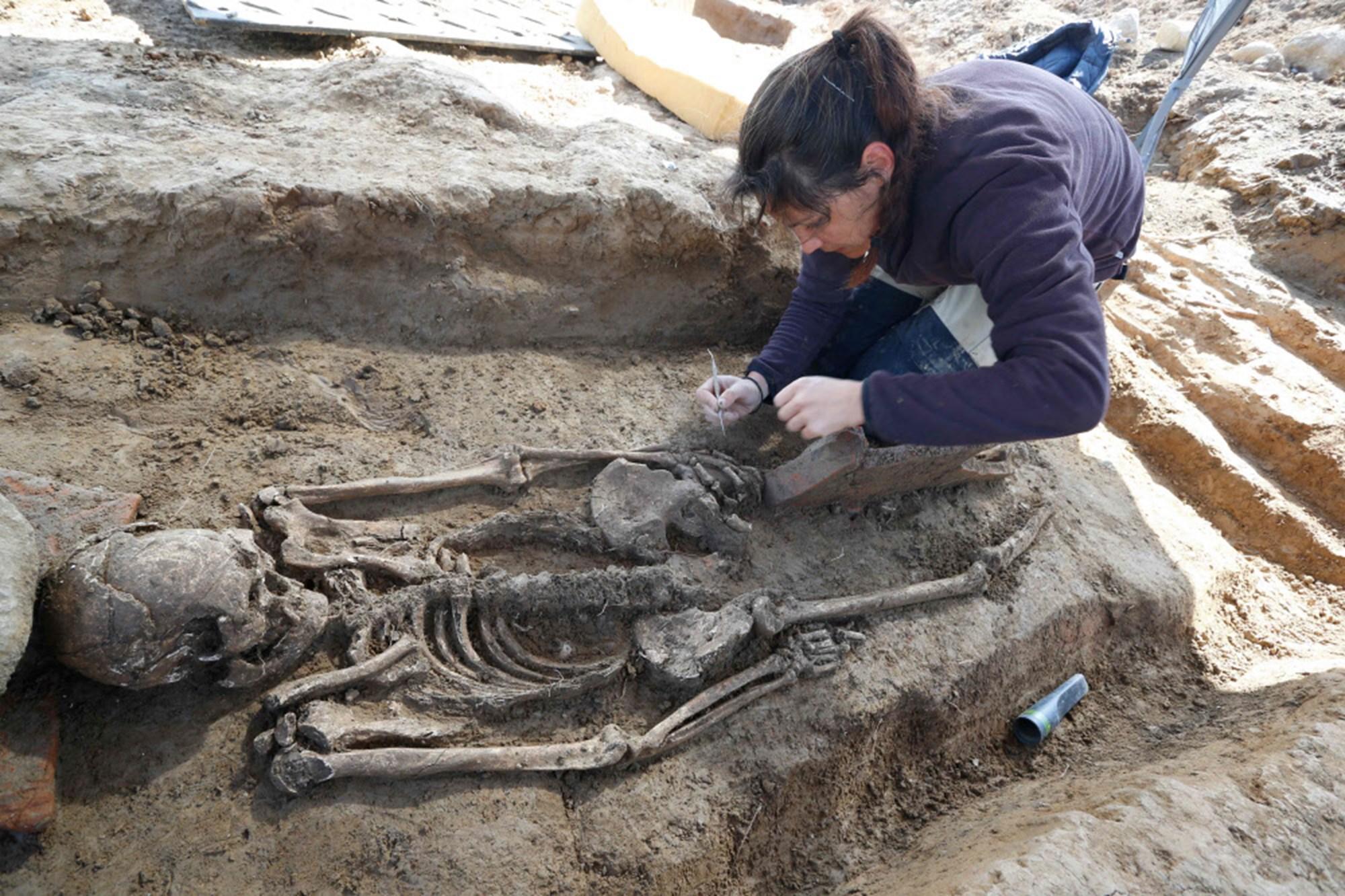 Gut erhaltenes Etruskergrab auf Korsika entdeckt