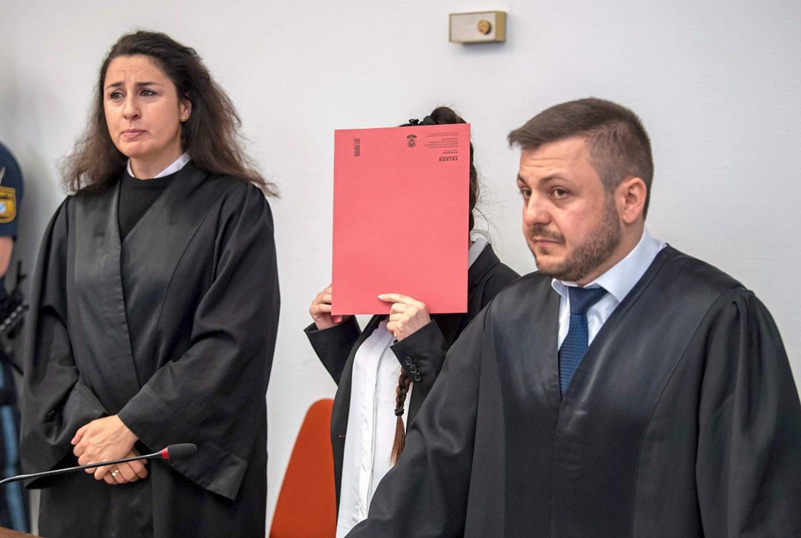 Erster Prozess gegen IS-Rückkehrerin in Deutschland