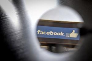 Facebook, Whatsapp, Instagram am Sonntag stundenlang offline ...