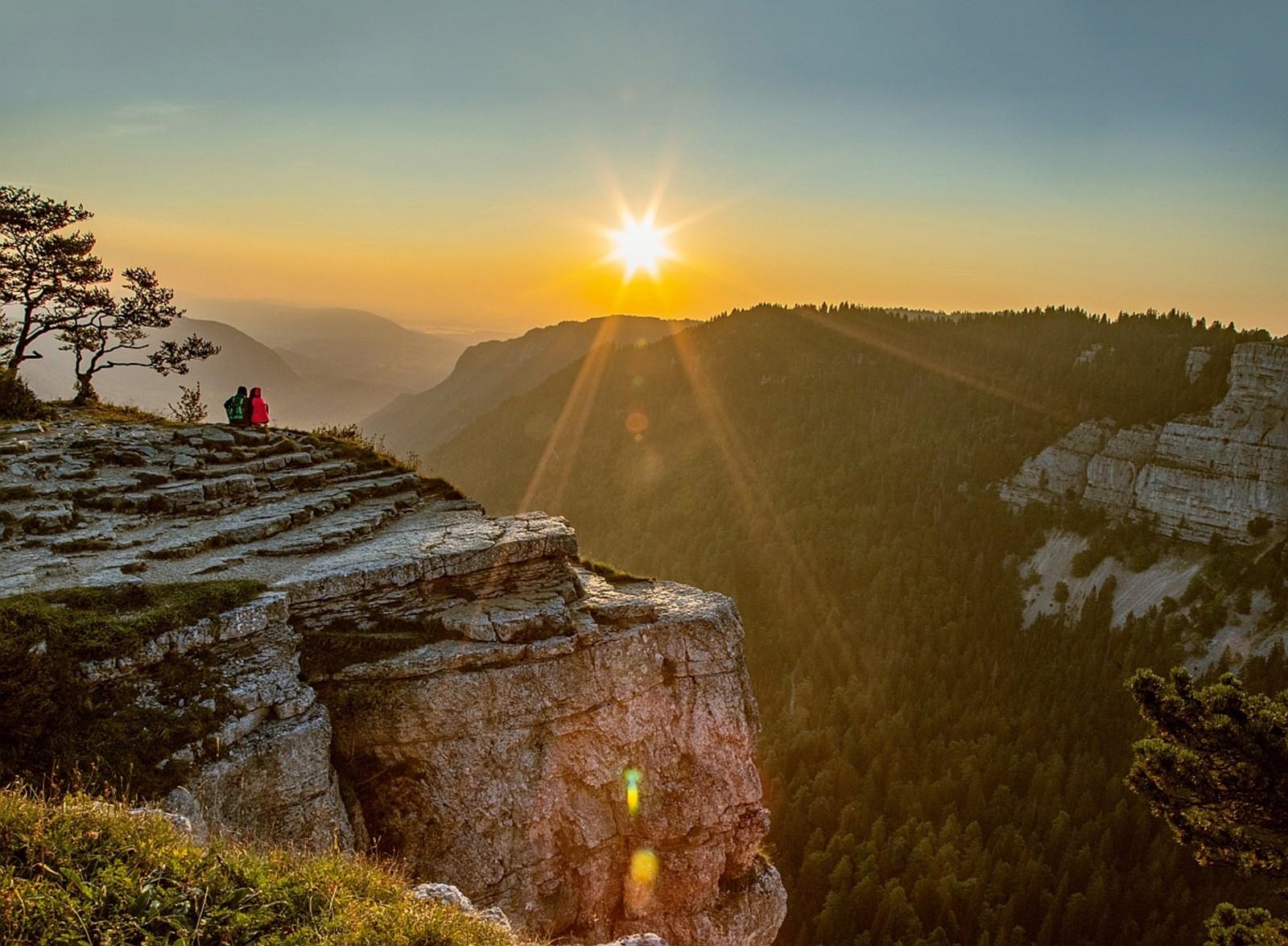 Schweiz: Wo man mit Fernsicht Weitwandern kann