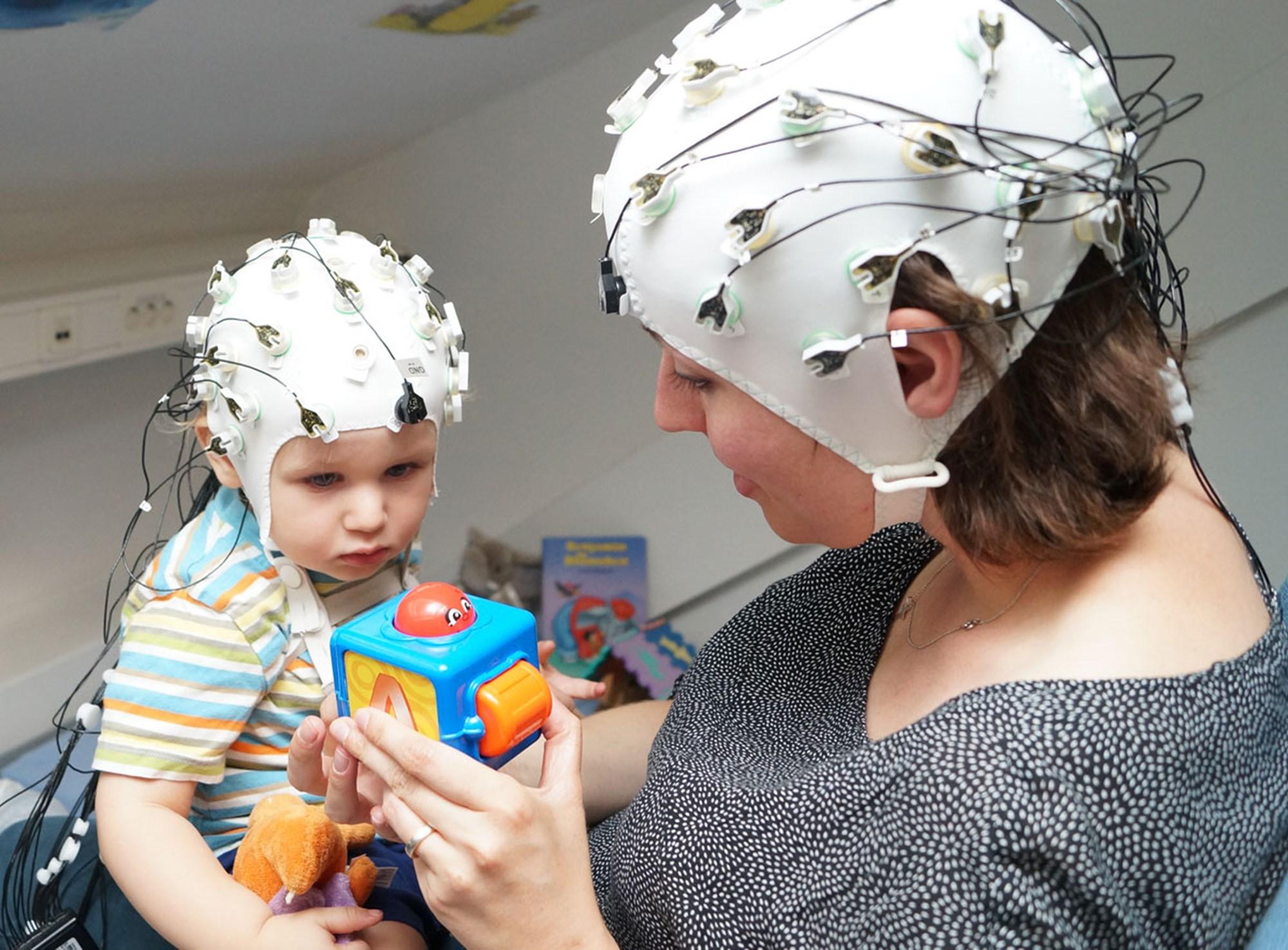 Wie Mutter und Kind auf eine Wellenlänge kommen – derStandard.at
