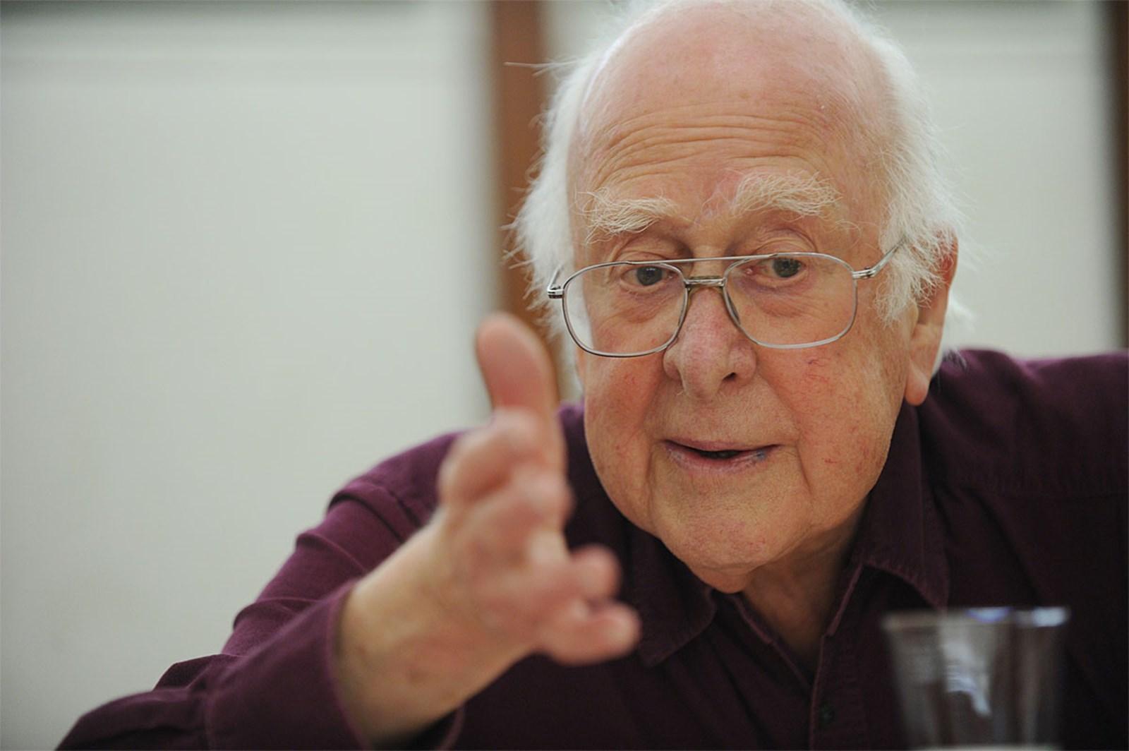 Nobelpreisträger Peter Higgs wird 90