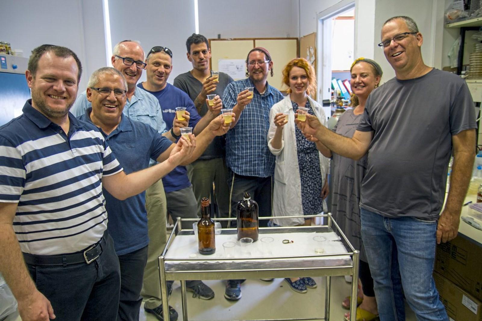 Israelische Forscher brauen Bier aus 5000 Jahre alter Hefe