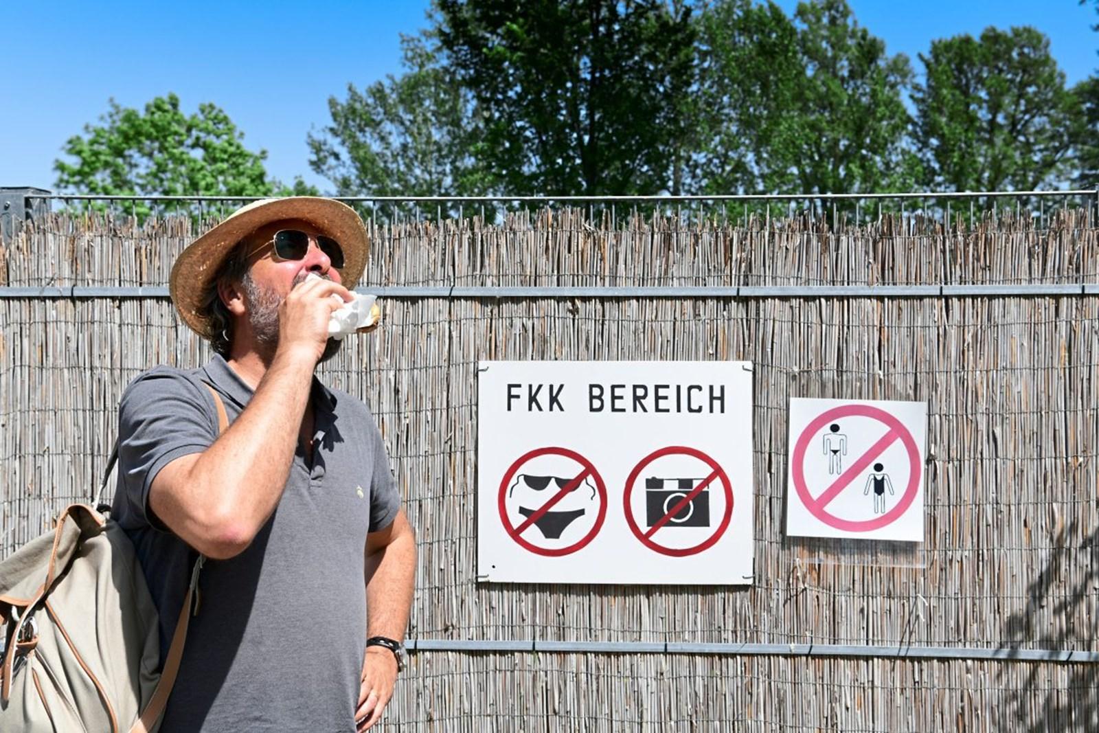 Frittiert und eingeschmiert: Severin Corti testet Essen im Schwimmbad