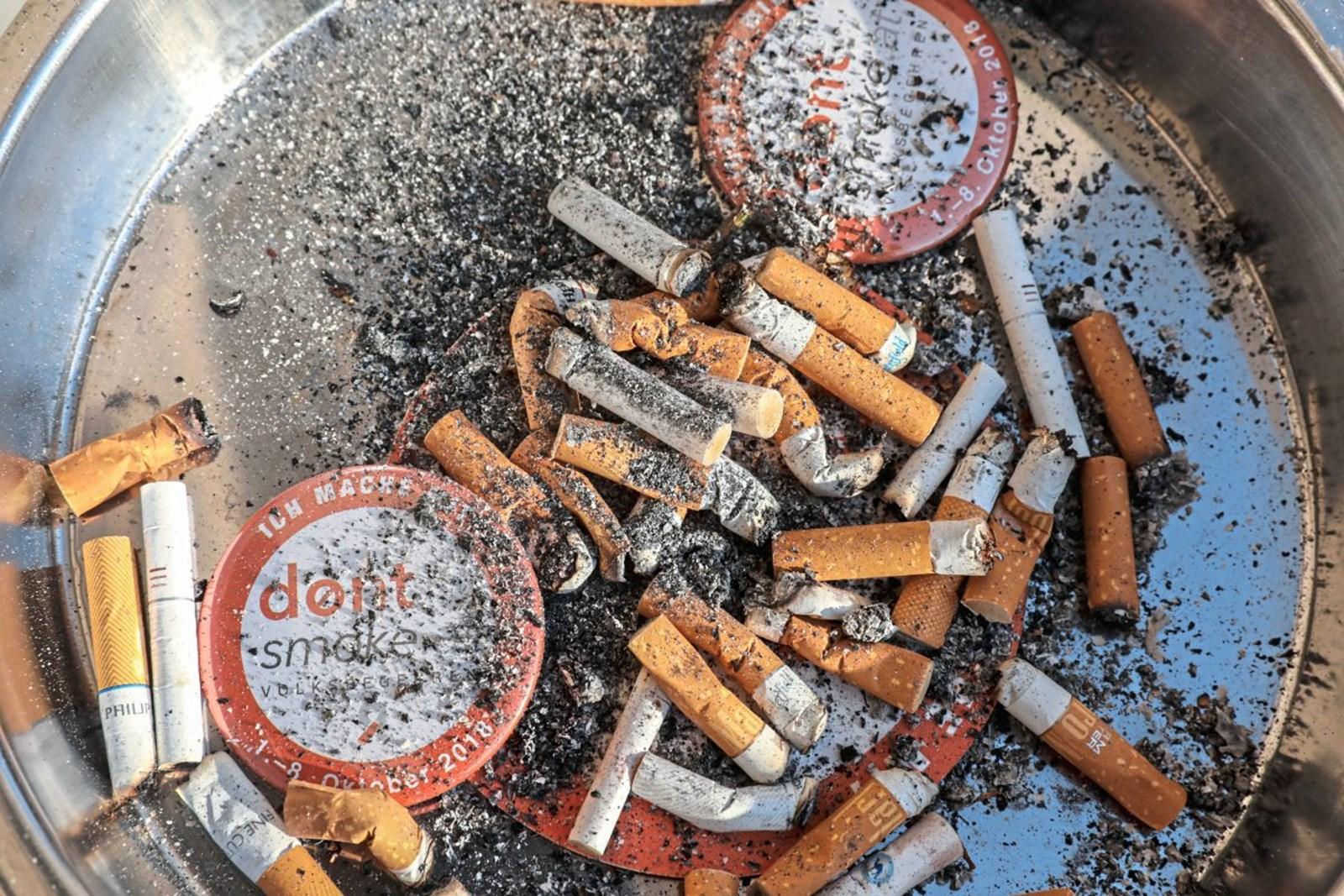 "Morddrohungen gegen ""Hure"" nach ausgedämpfter Zigarette"