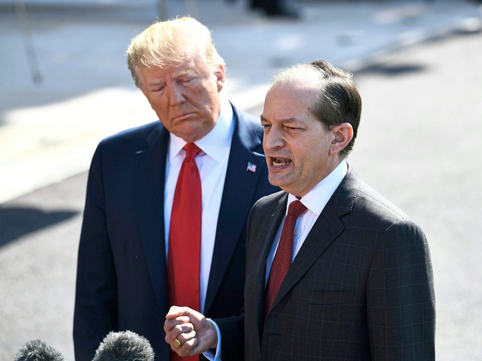 Epstein-Affäre: Trumps Arbeitsminister Acosta tritt zurück